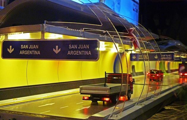 Argentina y Chile perfilan un megatúnel