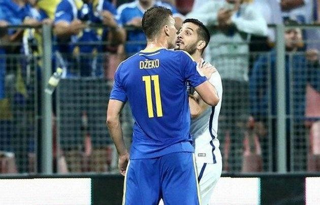 Jugador griego pierde dos dientes tras batalla en partido con Bosnia