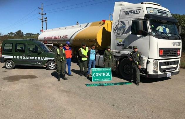 Gendarmería detuvo a un camionero con casi 15 kilos de cocaína — Salta