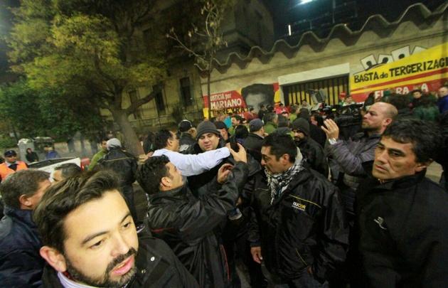 Córdoba cumple el quinto día sin transporte urbano por un conflicto salarial