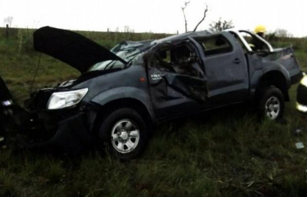 Una camioneta volcó en Lavalle y dejó varias víctimas fatales