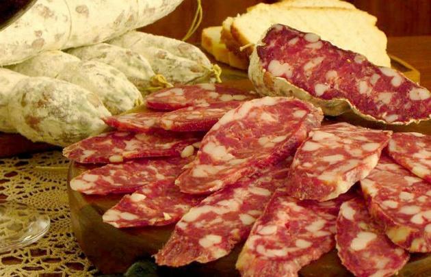 Tucumán y Córdoba enfrentados por sus productos regionales