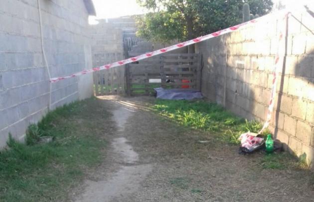 Encontraron el cadáver de una nena de 5 años en un descampado