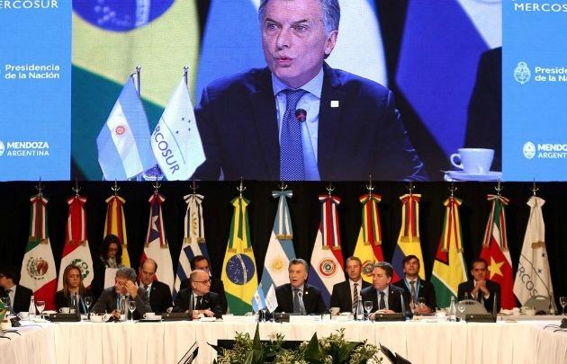 Se descompensó un custodio del Presidente en la Cumbre