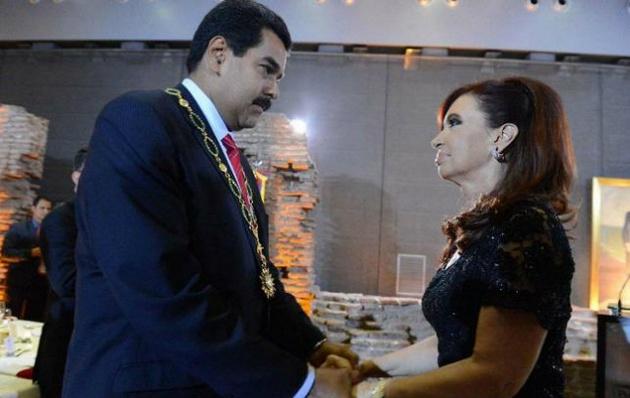 Proponen quitarle a Maduro una condecoración otorgada por el Gobierno de Cristina