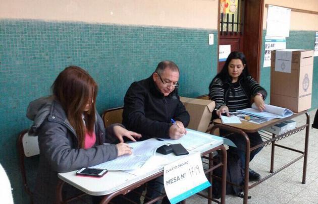 Provincia de Buenos Aires: Bullrich y Cristina se disputan el primer lugar
