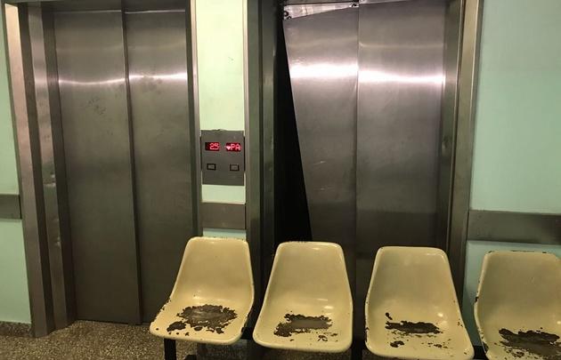 Cayó un nene por el hueco del ascensor del Hospital de Niños