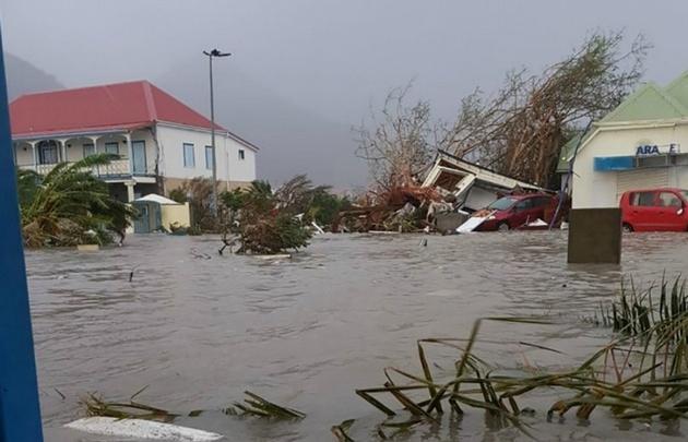 Huracán Irma se dirige hacia los Cayos de Florida