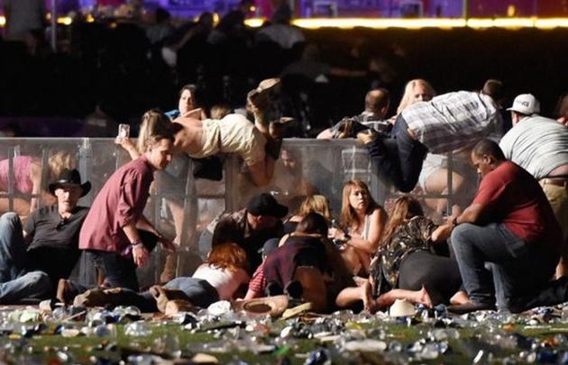 Policía abate a un sospechoso del tiroteo en Las Vegas