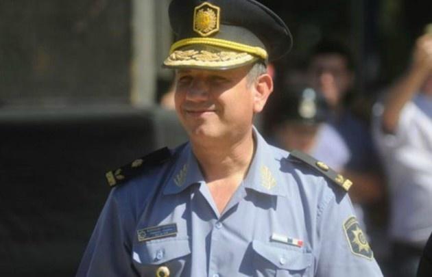 Sorpresiva liberación de un jefe policial previo a una audiencia