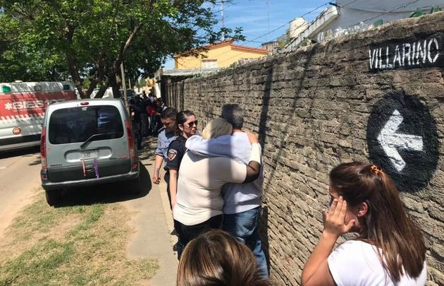 Asesinaron a una mujer y su beba de 2 años en Rosario