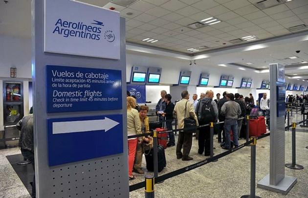 Aerolíneas canceló vuelos internacionales por un conflicto