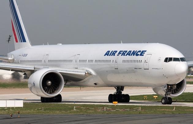 París reclama a Argentina por retención de tripulantes de Air France