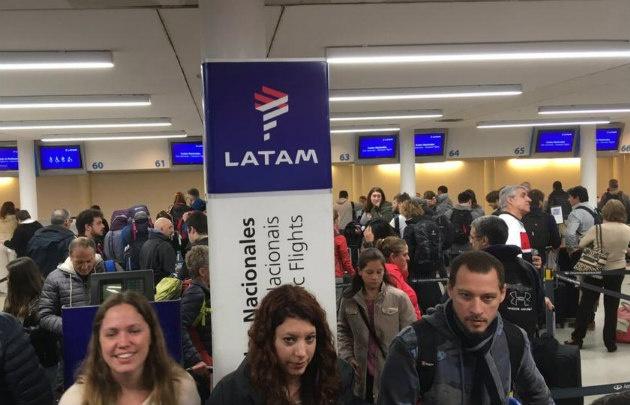 Desde medianoche, paro total en Latam Argentina