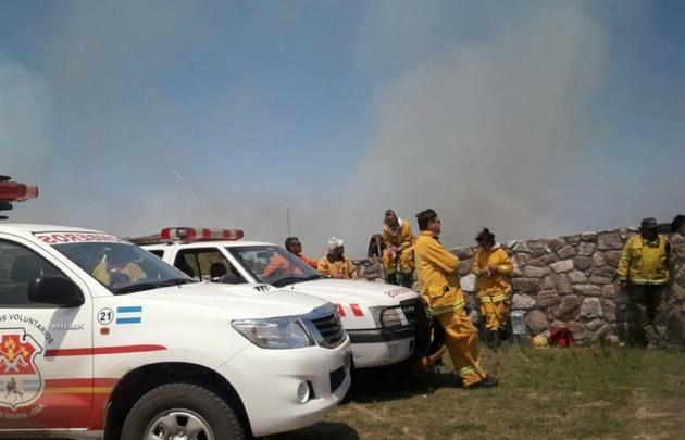 Sigue el frente en Traslasierra, con 35 evacuados — Incendios