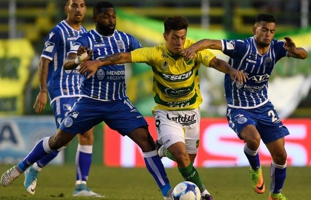 Defensa logra su cuarto triunfo seguido ante Godoy Cruz