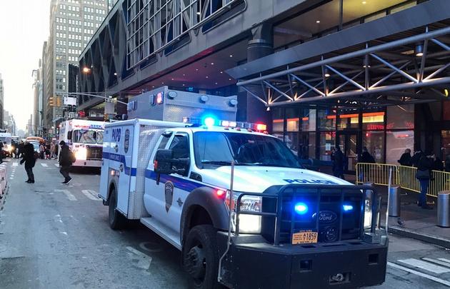 Explotó una bomba cerca de Times Square — EEUU
